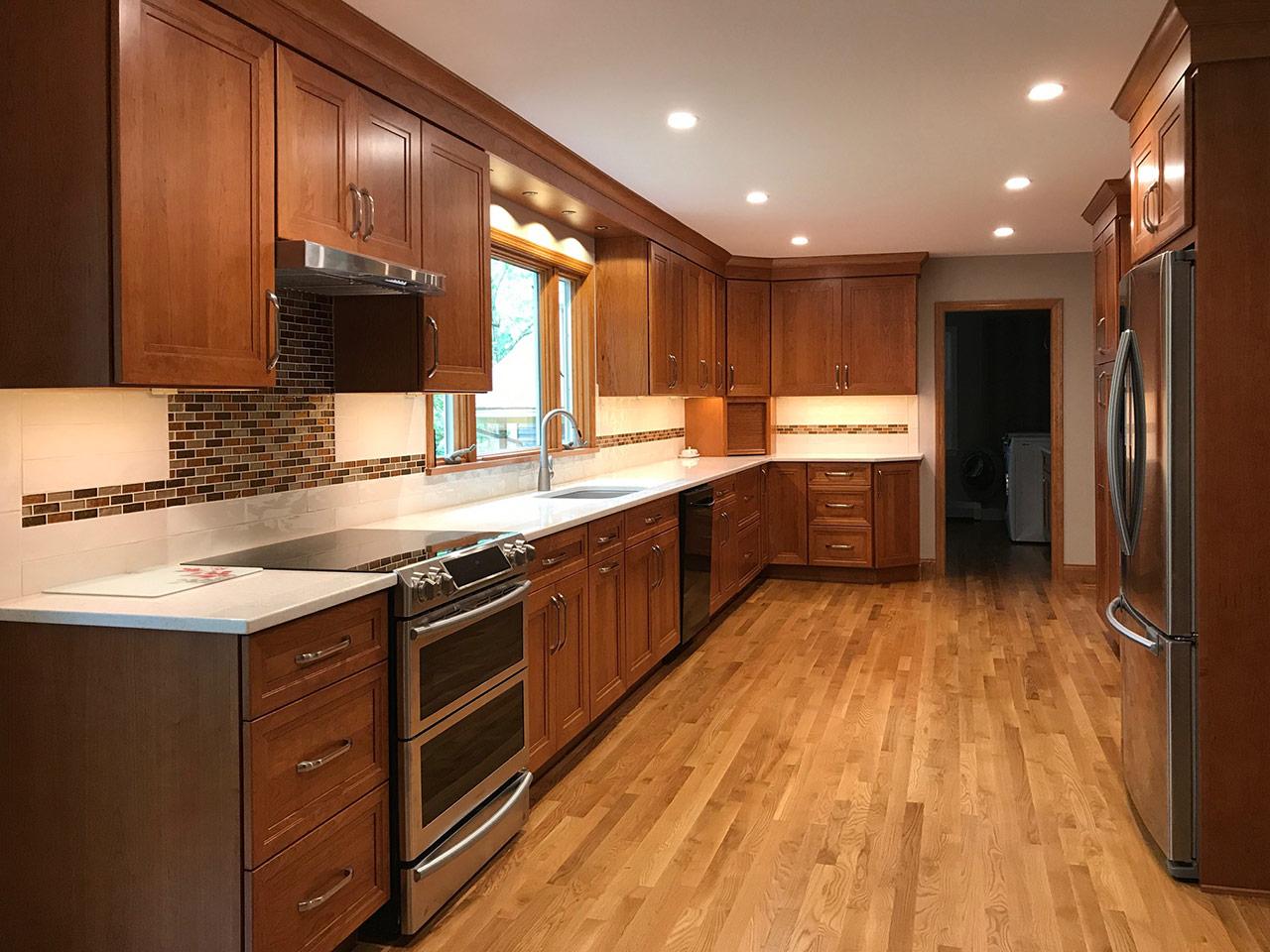 Kitchen Design By Sharon Navarra W Omega Cabinetry